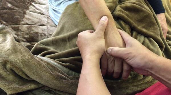 広島の人気整体院-ばね指は治る2